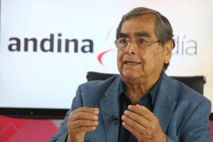 Óscar Ugarte, ministro de Salud