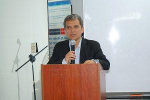 Dr. Victor Dongo, exdirector de Digemid