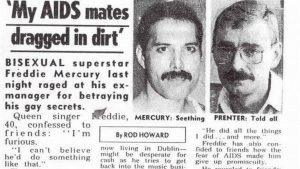 Paul Prenter, una antigua pareja de Freddie y ex manager de la banda, vendió fotos y declaraciones exclusivas a un diario sensacionalista inglés revelando intimidades sexuales del cantante